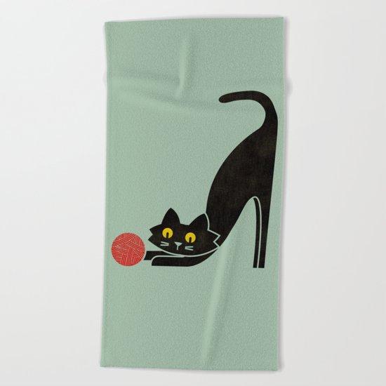 Fitz - the curious cat Beach Towel