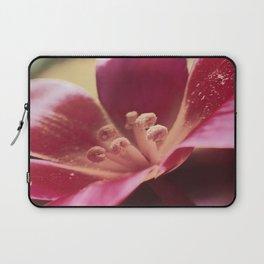 Tulip macro Laptop Sleeve