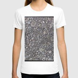Sea shells Ocean decor T-shirt