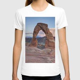 Delicate Arch Utah T-shirt