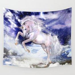Einhorn in den Wolken Wall Tapestry