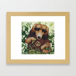 Peas Loving Framed Art Print
