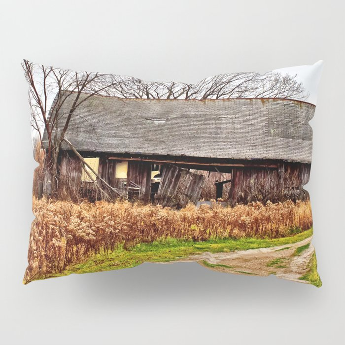 Wisconsin Old Barn 2 Pillow Sham