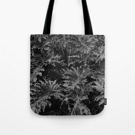 leavs Tote Bag