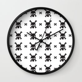 Skull an Crossbones Wall Clock