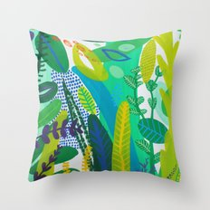 Between the branches. I Throw Pillow