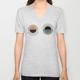 day eye night eye Unisex V-Neck