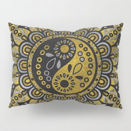 Yin yang symbol in Black and gold ornament Pillow Sham