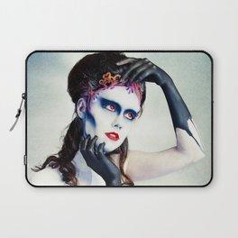 Queen of hearts full Laptop Sleeve