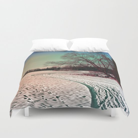 A snowy trail and some trees Duvet Cover