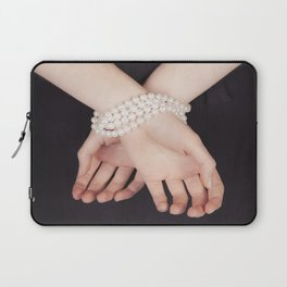 Tied with pearls Laptop Sleeve