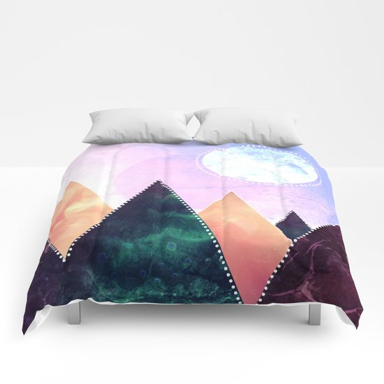 Sunrise of the moon Comforters