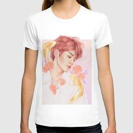 sweet dreams [taeyong nct] T-shirt
