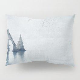 View of Chalk Cliffs Étretat-Normandy-France Pillow Sham