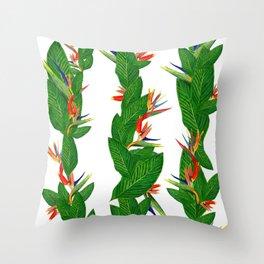 Bird of Paradise Flower. Tropical Beauty Flower Pattern Throw Pillow