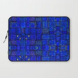 Deep Calm Blue Oriental Berber Traditional Moroccan Texture Design  Laptop Sleeve