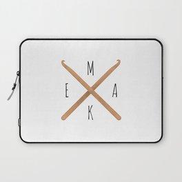 MAKE  |  Crochet Hooks Laptop Sleeve