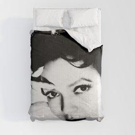 dorothy dandridge black & white photo Comforters