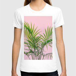 Little palm tree in pink T-shirt