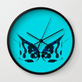 Kissing fish. Wall Clock