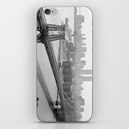Photograph of NYC and The Williamsburg Bridge iPhone Skin