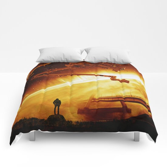 Red Sun Chronicle Comforters