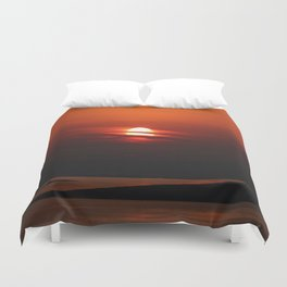 Sunrise in Abu Dhabi Duvet Cover