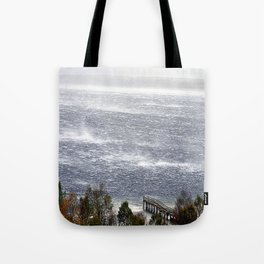 wind gusts Tote Bag