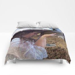 Gilded Memorial Comforters