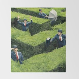 Funny man in Maze Throw Blanket