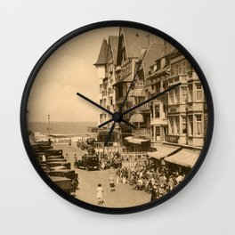Knokke 1920s The aperitif hour Wall Clock