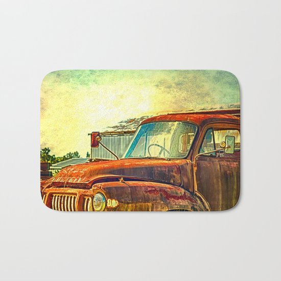 Old Rusty Bedford Truck Bath Mat
