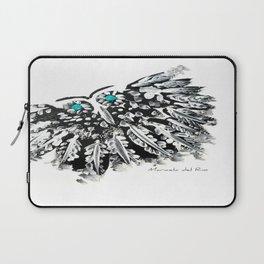 EL BÚHO DE LOS OJOS AZULES by MARICELA DEL RIO Laptop Sleeve
