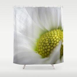 Makro_weiße_Blüten_1 Shower Curtain
