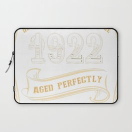 95th-Birthday-Gift-Gold-Vintage-1922-Aged-Perfectly Laptop Sleeve