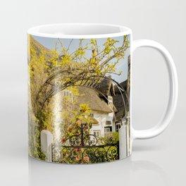 Thatched cottage in rural Norfolk Coffee Mug