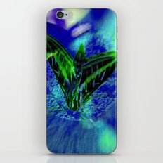 I BET YOU DON'T KNOW WHAT I AM...JUST A FUNNY FOR YOU ARTISTS iPhone & iPod Skin