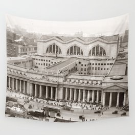 Penn Station Vintage Photograph (1910) Wall Tapestry