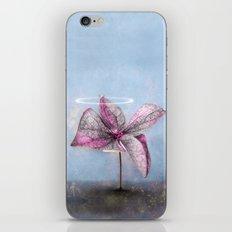 LITTLE WONDERLAND TREE iPhone Skin