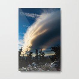 Sierra Wave From Below Metal Print