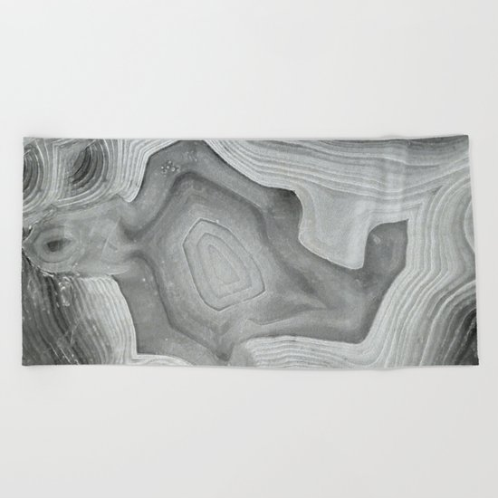 MINERAL MONOCHROME Beach Towel