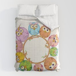 owls cartoon in the empty circle Comforters
