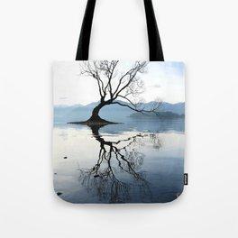 The Wanaka Tree, South Island, New Zealand Tote Bag
