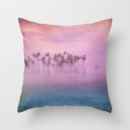 dreams in the paradise Throw Pillow