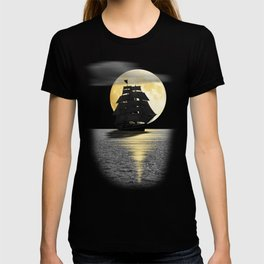 A ship with black sails T-shirt