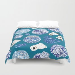 Chinoiserie Curiosity Cabinet Toss 4 Duvet Cover