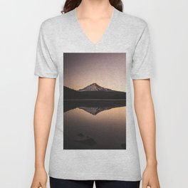 Oregon Mountain Adventure Unisex V-Neck