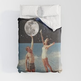 Reaching for the Moon Comforters