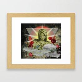 pietá Framed Art Print