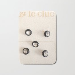 le chic for 25 cents Bath Mat